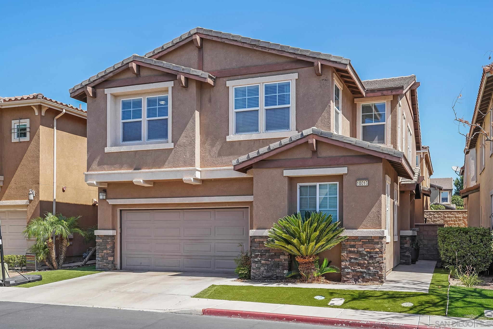 Main Photo: SANTEE House for sale : 5 bedrooms : 10018 Merry Brook Trl