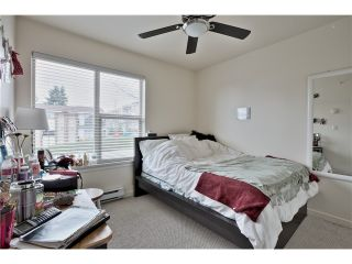 "Photo 11: 520 ST GEORGES Avenue in North Vancouver: Lower Lonsdale Townhouse for sale in ""STREAMLINE PLACE"" : MLS®# V1067178"