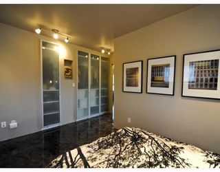 Photo 9: 2104 16 Street SW in CALGARY: Bankview Residential Detached Single Family for sale (Calgary)  : MLS®# C3387263