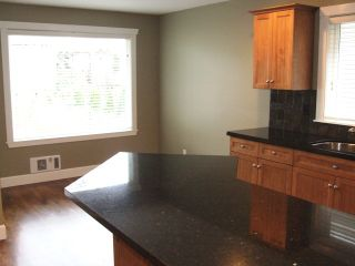 Photo 8: 15539 Thrift Ave in White Rock: Home for sale