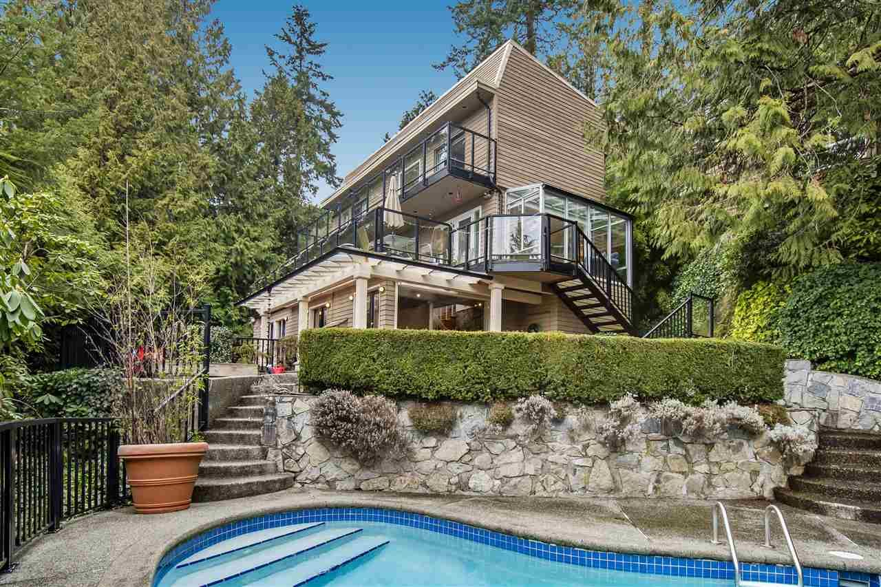 Main Photo: 3855 BAYRIDGE Avenue in West Vancouver: Bayridge House for sale : MLS®# R2540779