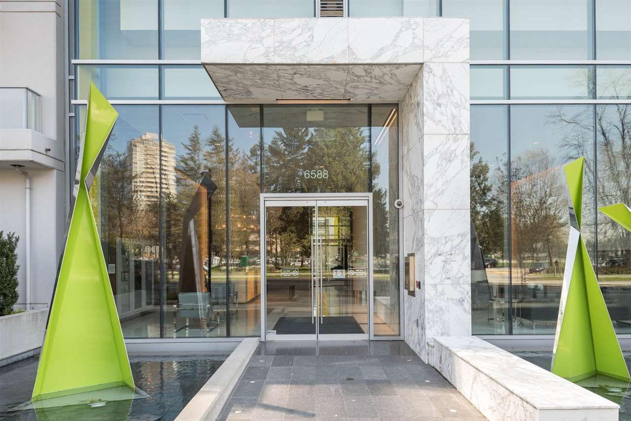 """Main Photo: 2106 6588 NELSON Avenue in Burnaby: Metrotown Condo for sale in """"The MET"""" (Burnaby South)  : MLS®# R2263344"""