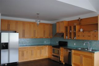 Photo 10: 2208 208 Street in Langley: Campbell Valley House for sale : MLS®# R2562999