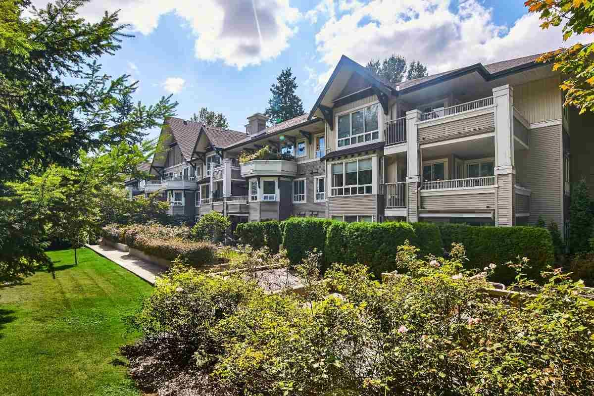 Main Photo: 315 7383 GRIFFITHS DRIVE in Burnaby: Highgate Condo for sale (Burnaby South)  : MLS®# R2403586