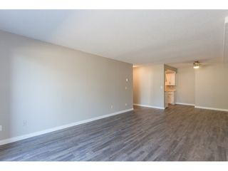 "Photo 10: 105 33956 ESSENDENE Avenue in Abbotsford: Central Abbotsford Condo for sale in ""Hillcrest Manor"" : MLS®# R2192762"