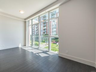 Photo 2: 210 83 Saghalie Rd in : VW Songhees Condo for sale (Victoria West)  : MLS®# 876073