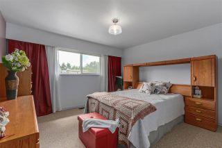Photo 10: 822 REGAN Avenue in Coquitlam: Coquitlam West House for sale : MLS®# R2284027