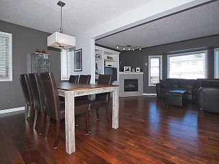 Photo 5: 591 KILLARNEY GLEN Court SW in CALGARY: Killarney Glengarry Townhouse for sale (Calgary)  : MLS®# C3560245
