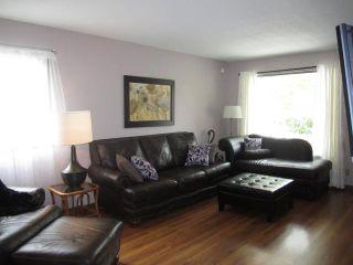 Photo 2: 66 Pirson Crescent in WINNIPEG: Fort Garry / Whyte Ridge / St Norbert Residential for sale (South Winnipeg)  : MLS®# 1119057