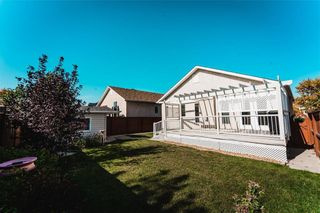 Photo 35: 70 Henry Dormer Drive in Winnipeg: Island Lakes Residential for sale (2J)  : MLS®# 202023677