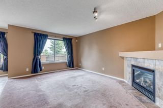 Photo 5: 149 Douglas Glen Manor SE in Calgary: Douglasdale/Glen Detached for sale : MLS®# A1131034