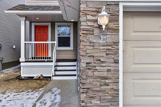 Photo 3: 514 STONEGATE RD NW: Airdrie RES for sale : MLS®# C4292797
