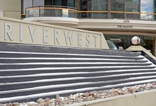 Photo 3: 1804 1078 6 Avenue SW in Calgary: Downtown West End Apartment for sale : MLS®# C4289018