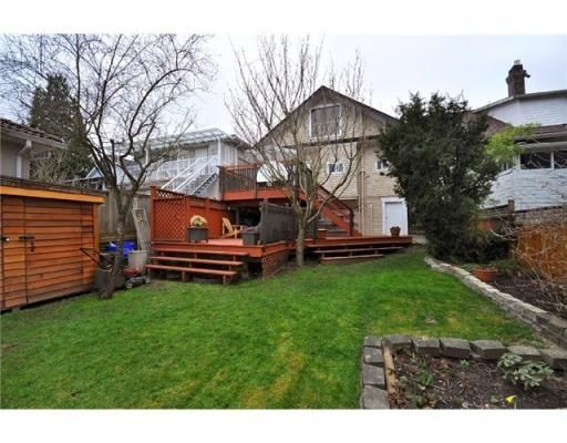 Photo 10: Photos: 5026 COMMERCIAL ST in Vancouver: House for sale : MLS®# V878856
