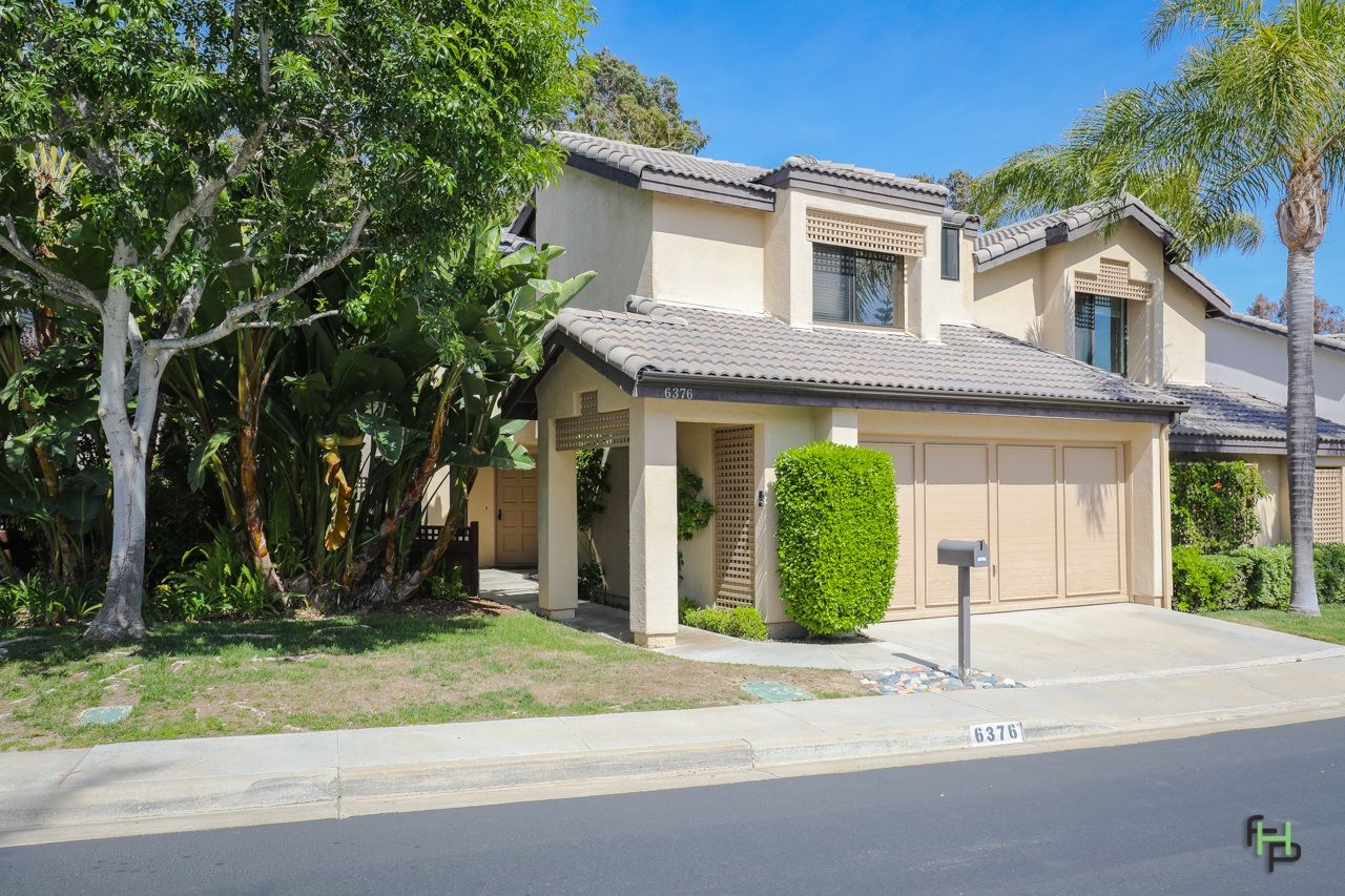 Main Photo: SAN DIEGO Townhouse for sale : 3 bedrooms : 6376 Caminito Del Pastel