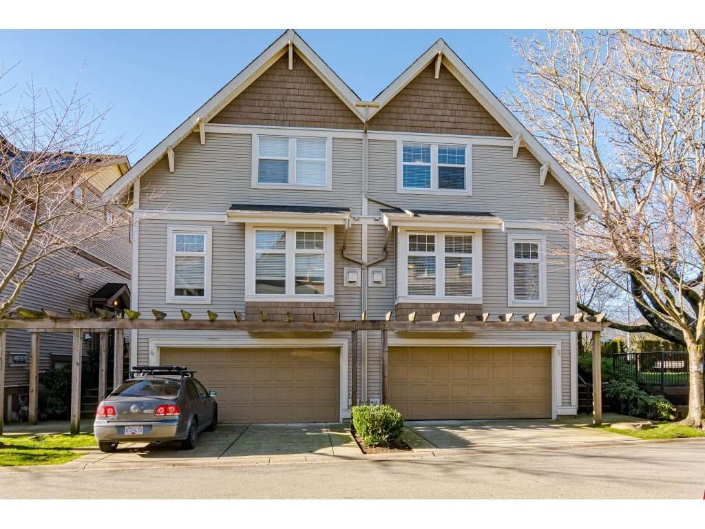 """Photo 2: Photos: 5 6588 188 Street in Surrey: Cloverdale BC Townhouse for sale in """"HILLCREST PLACE"""" (Cloverdale)  : MLS®# R2532394"""