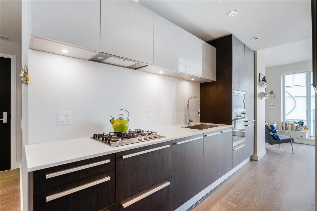 """Main Photo: 808 1221 BIDWELL Street in Vancouver: West End VW Condo for sale in """"ALEXANDRA"""" (Vancouver West)  : MLS®# R2592869"""
