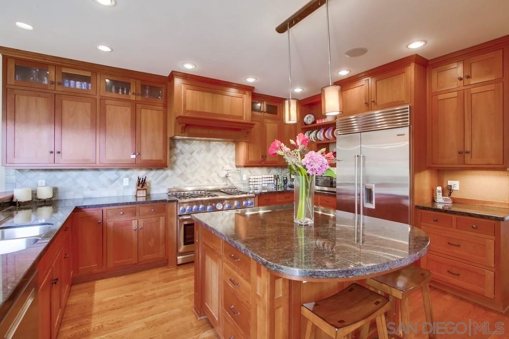 Photo 12: Photos: CORONADO VILLAGE House for sale : 3 bedrooms : 738 B Avenue in Coronado