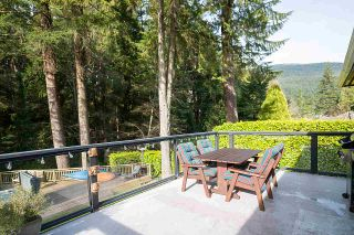 Photo 3: 1935 PARKSIDE Lane in North Vancouver: Deep Cove House for sale : MLS®# R2539750
