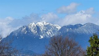 """Main Photo: 3538 W 14TH Avenue in Vancouver: Kitsilano House for sale in """"2020"""" (Vancouver West)  : MLS®# R2560734"""