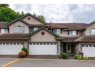 """Photo 1: 26 46360 VALLEYVIEW Road in Chilliwack: Promontory Townhouse for sale in """"Apple Creek"""" (Sardis)  : MLS®# R2587455"""