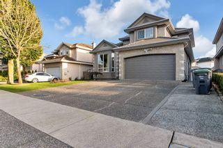 Photo 3: 12748 62 Avenue in Surrey: Panorama Ridge House for sale : MLS®# R2561653