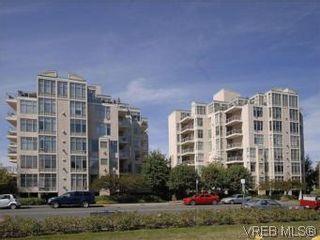 Photo 2: 330 188 Douglas St in VICTORIA: Vi James Bay Condo for sale (Victoria)  : MLS®# 549562
