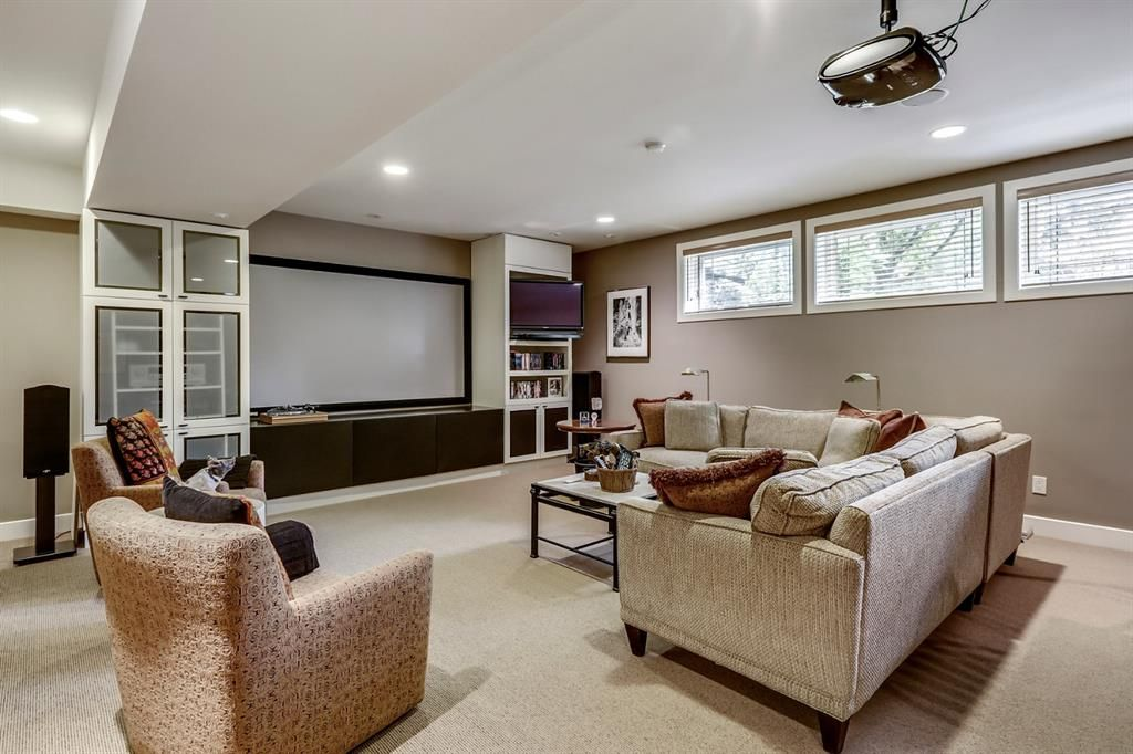 Photo 38: Photos: 2207 Amherst Street SW in Calgary: Upper Mount Royal Detached for sale : MLS®# A1062156