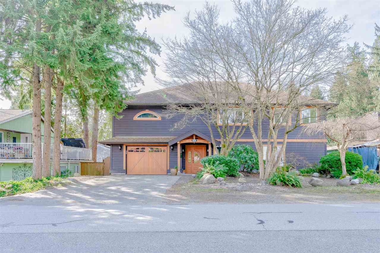 Main Photo: 2516 PATRICIA Avenue in Port Coquitlam: Woodland Acres PQ House for sale : MLS®# R2552023