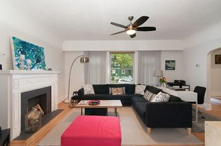 """Photo 2: 1070-80 W 15TH Avenue in Vancouver: Fairview VW House for sale in """"Fairview"""" (Vancouver West)  : MLS®# R2133883"""