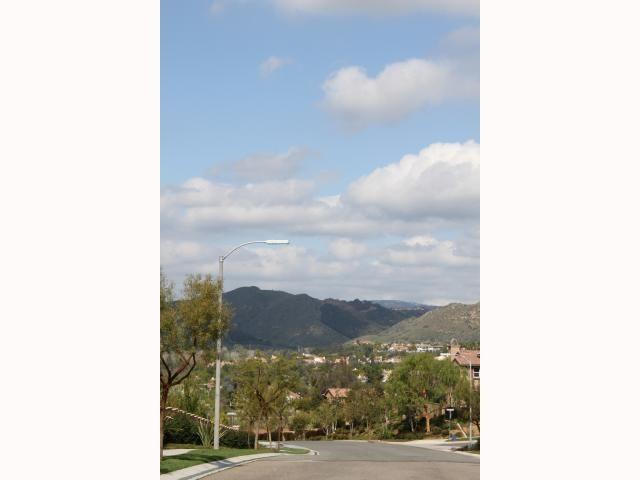 Photo 4: Photos: EAST ESCONDIDO House for sale : 5 bedrooms : 2797 Vistamonte in Escondido