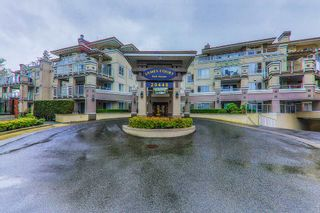 "Photo 1: 204 20448 PARK Avenue in Langley: Langley City Condo for sale in ""JAMES COURT"" : MLS®# R2357776"
