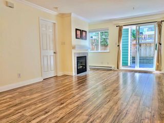 """Photo 3: 38 123 SEVENTH Street in New Westminster: Uptown NW Townhouse for sale in """"Royal City Terrace"""" : MLS®# R2193471"""