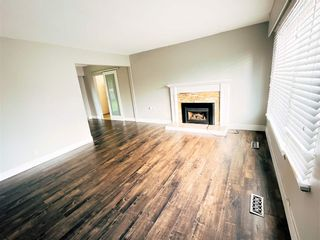 Photo 2: 11613 STEEVES Street in Maple Ridge: Southwest Maple Ridge House for sale : MLS®# R2556127