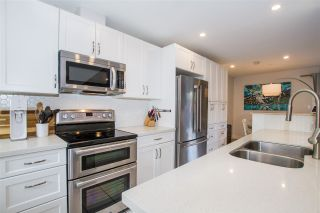 """Photo 5: 23 38455 WILSON Crescent in Squamish: Dentville Townhouse for sale in """"Wilson Village"""" : MLS®# R2592832"""
