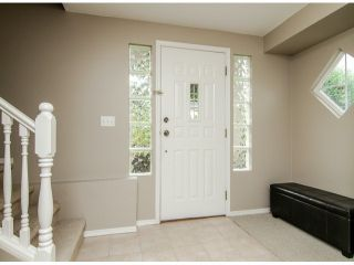 "Photo 3: 22 3902 LATIMER Street in Abbotsford: Abbotsford East Townhouse for sale in ""Country View Estates"" : MLS®# F1416425"
