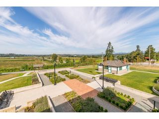 """Photo 31: 104 16398 64 Avenue in Surrey: Cloverdale BC Condo for sale in """"The Ridge at Bose Farm"""" (Cloverdale)  : MLS®# R2590975"""