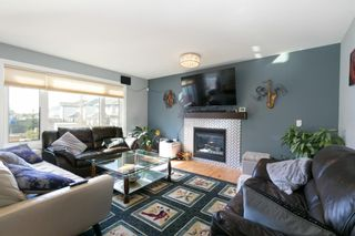 Photo 5: 11363 Rockyvalley Drive NW in Calgary: Rocky Ridge Detached for sale : MLS®# A1100080