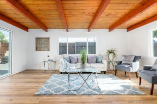 Photo 13: IMPERIAL BEACH House for sale : 3 bedrooms : 1011 Holly Ave