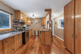 Photo 3: 4825 Lambeth Rd in : CR Campbell River South House for sale (Campbell River)  : MLS®# 863783