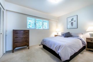 Photo 11: 1004 CLEMENTS Avenue in North Vancouver: Canyon Heights NV House for sale : MLS®# R2438378