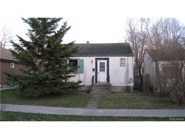 Main Photo: 32 Barrington Avenue in Winnipeg: Norberry Residential for sale (2C)  : MLS®# 1711064