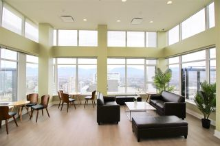 """Photo 14: 1705 4900 LENNOX Lane in Burnaby: Metrotown Condo for sale in """"THE PARK"""" (Burnaby South)  : MLS®# R2352671"""