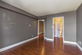 """Photo 11: 203 11980 222 Street in Maple Ridge: West Central Condo for sale in """"GORDON TOWERS"""" : MLS®# R2217152"""
