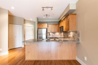"""Photo 10: 414 1336 MAIN Street in Squamish: Downtown SQ Condo for sale in """"The Artisan"""" : MLS®# R2497617"""