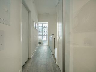 Photo 15: Th 12 30 Roehampton Avenue in Toronto: Mount Pleasant West Condo for sale (Toronto C10)  : MLS®# C3711969