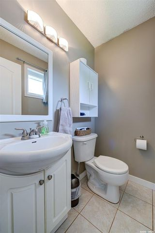 Photo 18: 118 Waterloo Crescent in Saskatoon: East College Park Residential for sale : MLS®# SK859192