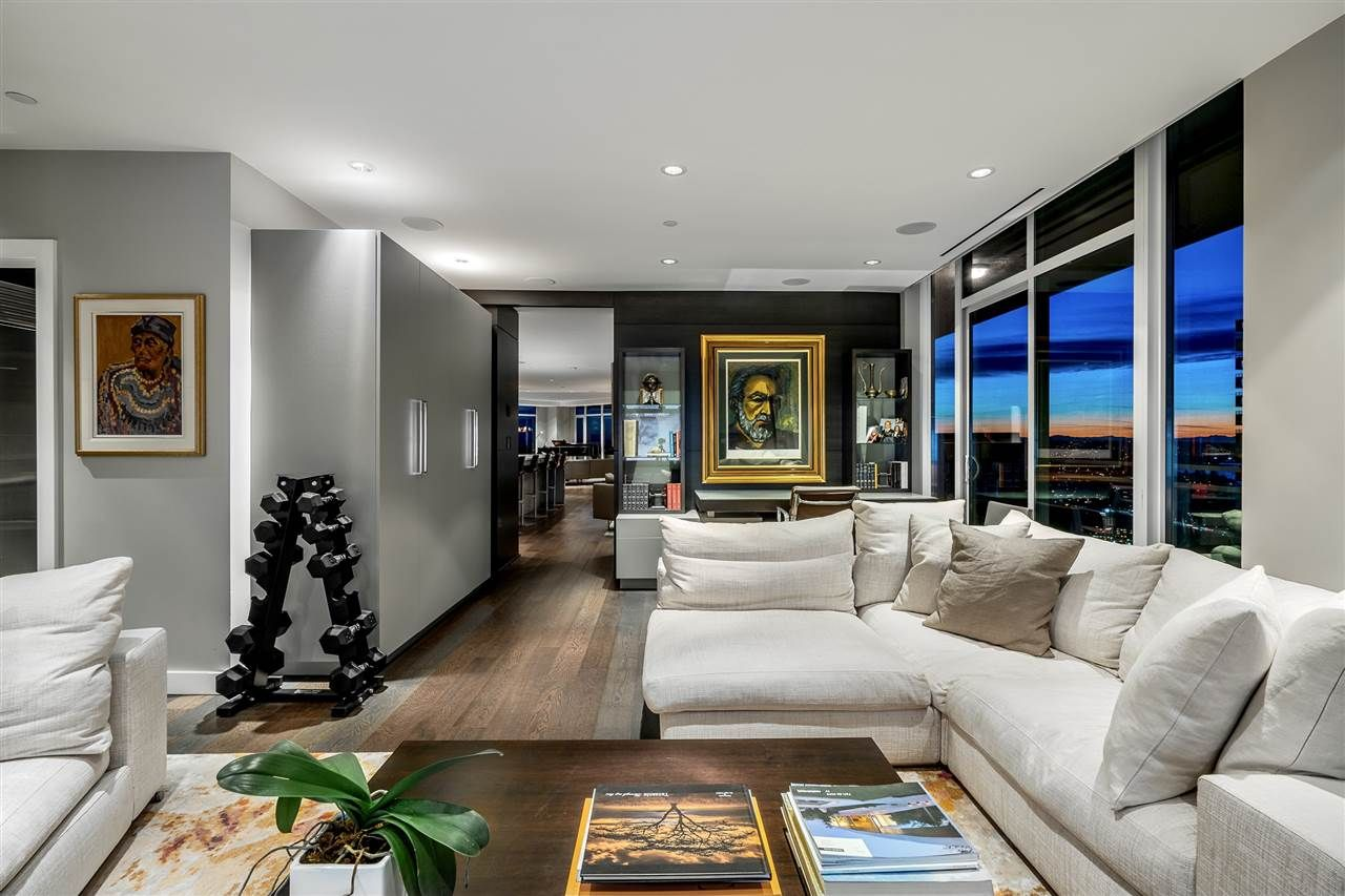 """Photo 21: Photos: 4601 1372 SEYMOUR Street in Vancouver: Downtown VW Condo for sale in """"The Mark"""" (Vancouver West)  : MLS®# R2553966"""