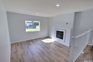 Photo 2: 1360 LaCroix Crescent in Prince Albert: Carlton Park Residential for sale : MLS®# SK868529