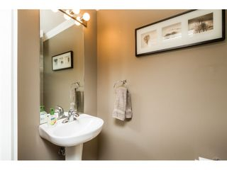 """Photo 8: 30 19250 65 Avenue in Surrey: Clayton Townhouse for sale in """"Sunberry Court"""" (Cloverdale)  : MLS®# R2106869"""
